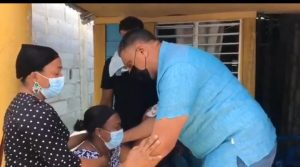 (VIDEO) Ministro de Interior y Policía se compromete a apresar a asesinos de adolescente en Cabrera