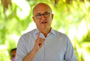 Domínguez Brito dice RD vive mayor aumento de precios desde crisis 2003