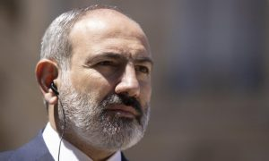 El partido de Pashinián gana parlamentarias armenias, según primeros datos