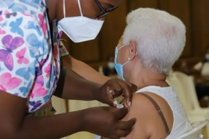 CONANI se integra de manera activa a jornada de vacunación en regiones Sur y Este