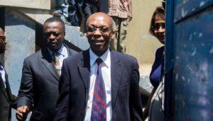Expresidente haitiano Aristide tiene Covid y se tratará en Cuba