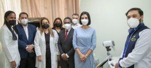 """Primera Dama motiva prevención del cáncer de mama bajo campañas """"Chequéate"""""""