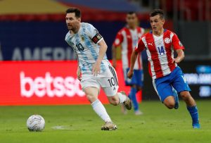 Argentina derrota a Paraguay; anticipa clasificación a cuartos en la Copa América