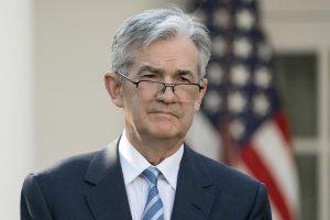 """Powell subraya que la economía de EEUU muestra una """"sostenida mejoría"""""""