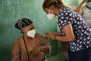Revelan 33 mil personas fueron inoculadas en jornada de vacunación en SPM