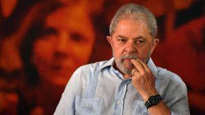 Lula se libró de once procesos criminales pero aún enfrenta tres más