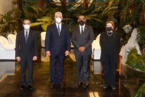 El embajador dominicano en La Habana presenta sus credenciales ante el presidente Díaz-Canel