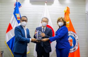 La Defensa Civil reconoce al embajador de Japón por sus aportes al fortalecimiento de la protección civil