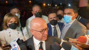 (VIDEO) Comisión PLD va al velorio madre de Leonel Fernández, sin Danilo Medina