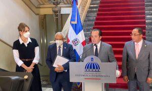 (VIDEO) Gobierno anuncia pagos auditados con cheques a unos 25,000 colaboradores de 24 instituciones públicas