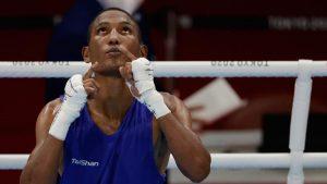 Alexy De la Cruz avanza a la segunda ronda en el boxeo de los Juegos Olímpicos