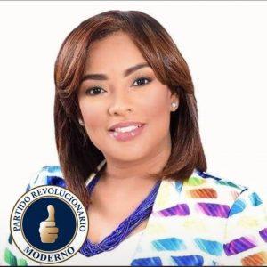 La regidora Flor Álvarez deja el PLD y se juramenta en el PRM