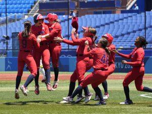 Japón y Estados Unidos jugarán por el oro en softbol de los Juegos Olímpicos de Tokio