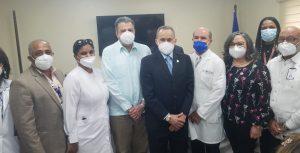 Juramentan nuevo director del Hospital Infantil Dr. Arturo Grullón en Santiago