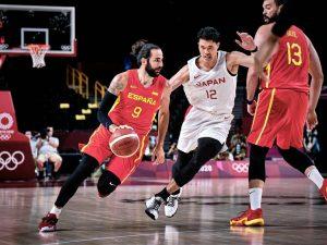 España debuta en Tokio 2020 con victoria ante Japón (77-88)