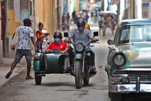 Cuba supera los 8,000 contagios de COVID-19 por segundo día consecutivo