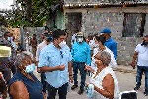 Director de la CAASD verifica saneamiento de cañada en Gualey y de aguas residuales en Invivienda