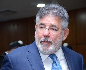 MP sostiene Víctor Díaz Rúa supuestamente compró villa en Casa de Campo sin reportar