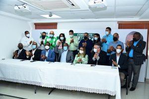 Maestros de la Fuerza del Pueblo presentan candidatos para elecciones ADP