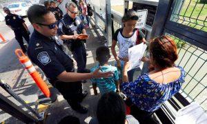 La Casa Blanca dice que familias en proceso de expulsión podrán pedir asilo