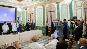 Presidente Abinader juramenta 393 nuevas cooperativas creadas en solo cinco meses