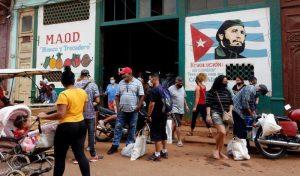 Cuba entregará ayuda humanitaria extranjera directamente a familias