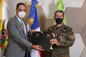 Por acuerdo MIDE-SeNaSa militares recibirán cobertura suministros de sangre y hemoderivados