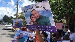 Reclaman justicia por muerte de policía y su esposa en Miches