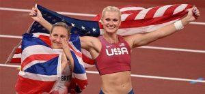 Katie Nageotte pone a Estados Unidos con tres oros de seis en pértiga