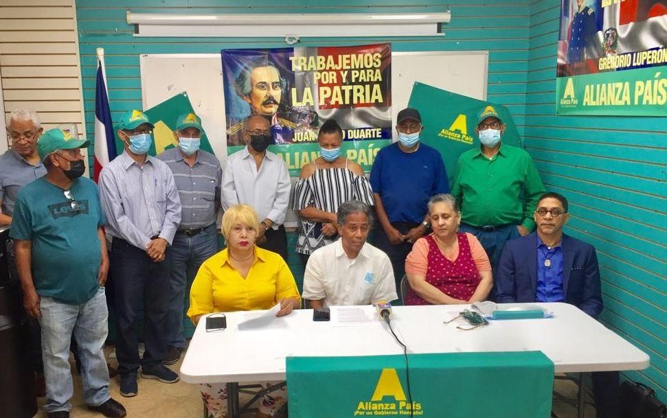 https://nuevodiario-assets.s3.us-east-2.amazonaws.com/wp-content/uploads/2021/09/10054127/AlPais-NY-condena-presidente-Abinader-excluyera-diaspora-del-dialogo-nacional.jpg