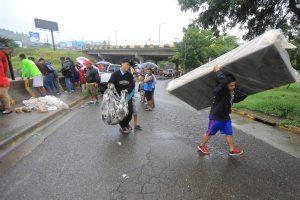 Honduras decreta alerta amarilla en dos departamentos por intensas lluvias
