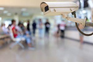 Pandemia aumenta servicios de seguridad privada en sector salud