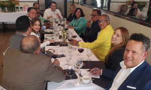 Director de Aduanas se reúne con embarcadores dominicanos en Nueva York