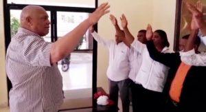 Osvaldo Canario juramenta en el PRM a varios dirigentes del PLD en el municipio de Las Matas de Farfán