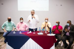 Partido DxC desarrolla programa de formación política a dirigentes
