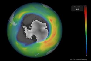 El agujero de ozono ya supera este año la extensión de la Antártida