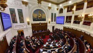 Presentan más de mil enmiendas al reglamento de la Constituyente de Chile
