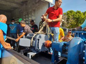 Indesur entrega una Motobomba a 85 agricultores en Azua