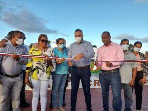Inauguran parador fotográfico en municipio de Bayaguana