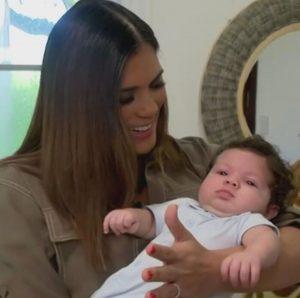(VIDEO) Francisca Lachapel muestra a su hijo ante las cámaras de TV