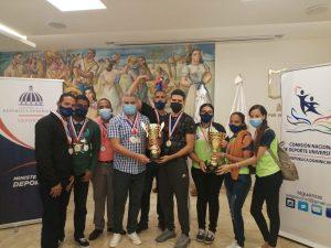 O&M gana Torneo Universitario de Ajedrez 2021