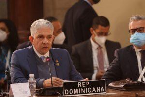 Eduardo Estrella propone crear fondo para impulsar modelo de desarrollo en América Latina y Caribe