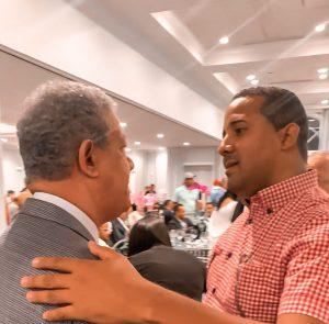 Leonel Fernández invita a excalde de Hato Mayor, Odalis Vega, a recorrido por New York