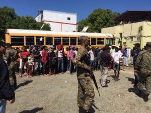 Ejército Dominicano detiene y envía a su país unos 5,673 ilegales haitianos