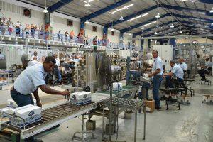 Sectores de industria, zonas francas y comercio contribuyen a recuperación económica durante primer semestre 2021