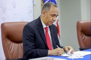 Estado dominicano amplía contratos con Claro, Altice y Viva ; asegura inversión millonaria hasta 2041