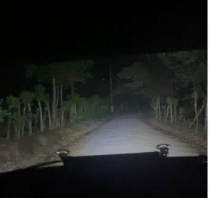 Denuncian oscuridad en carretera de Guarinón, en Sánchez Ramírez, representa peligro para conductores