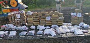 Autoridades queman otros 233 kilogramos de drogas