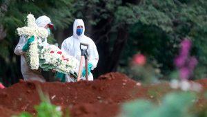 Brasil supera las 593.000 muertes por covid, pero la pandemia sigue a la baja