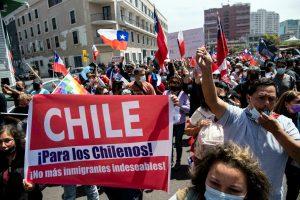 Disturbios en marcha contra la migración irregular en el norte de Chile